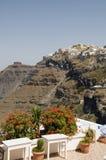 破火山口希腊santorini城镇视图 图库摄影