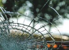 破裂的玻璃挡风玻璃 库存图片