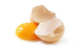 破裂的鸡蛋 库存照片