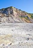 硫质喷气孔-火山的火山口 免版税库存照片