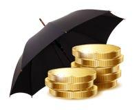 硬币在一把黑伞下 库存照片