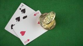 硬币在七和局末平分顶视图缓慢的mo落 股票录像