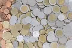 硬币泰国背景 免版税库存图片