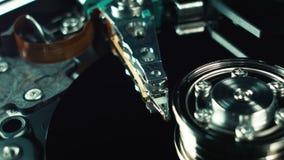 硬盘纺锤,读头 数字信息 数字资料存贮在计算机上的 数据组,云彩 股票录像