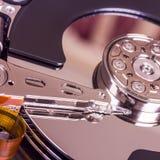 硬盘驱动器内部元件 免版税库存照片