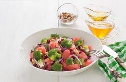 硬花甘蓝可口健康节食的沙拉 免版税库存图片