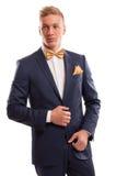 确信的绅士佩带的蝶形领结 免版税图库摄影