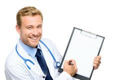 确信的年轻医生画象白色背景的 库存照片