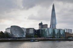 碎片和香港大会堂伦敦 免版税图库摄影