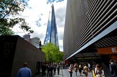 碎片摩天大楼塔在伦敦-英国 库存图片