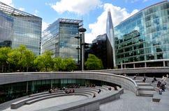 碎片摩天大楼塔在伦敦-英国 免版税库存照片
