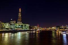 碎片-摩天大楼在Southwark在伦敦 图库摄影