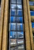 碎片Skyscrapper的反射在伦敦 库存照片