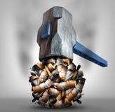 击碎香烟 库存照片