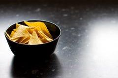 碗切削玉米饼 免版税库存图片