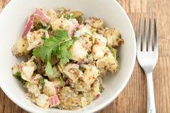 碗土豆沙拉 库存图片