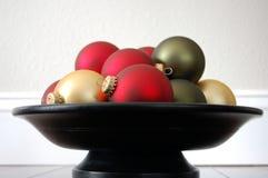 碗圣诞节装饰品 库存图片