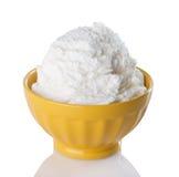 碗奶油色冰香草黄色 免版税图库摄影