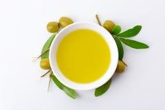 碗橄榄油 图库摄影