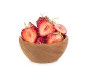碗用在空白背景查出的草莓 库存照片