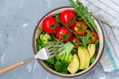 碗用简单的菜沙拉 库存图片