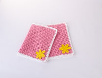 碗碟衬垫或鞋带位置字块在背景 免版税库存照片