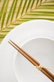 碗筷子倒空 免版税库存照片