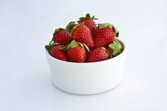 碗草莓 图库摄影