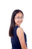 碰撞姿势的括号的亚裔女孩 免版税库存照片