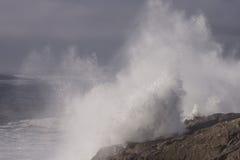 碰撞的大西洋海浪 库存图片