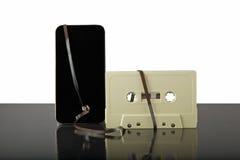 磁带和电话 库存照片