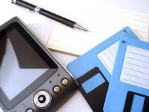 磁盘笔记本个人计算机 免版税库存图片