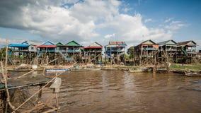 磅士卑Khleang渔夫村庄Tonle Sap湖的,柬埔寨 库存图片