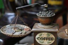 磨咖啡器 免版税库存图片