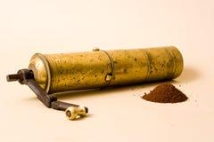 磨咖啡器葡萄酒 免版税库存照片