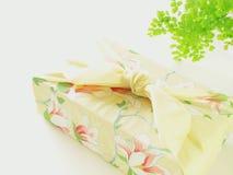 礼品和服 免版税库存图片