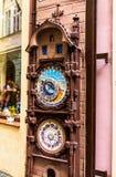 礼品店陈列室在城市布拉格的老部分的 库存图片