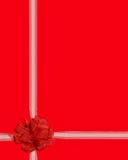 礼品红色丝带换行 免版税库存图片