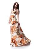 礼服夏天佩带的妇女年轻人 免版税库存图片