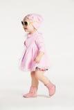 礼服女孩一点粉红色 免版税库存照片