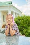 礼服的小女孩 免版税库存照片