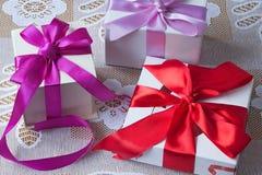 礼物为假日新年,圣诞节,复活节,生日, a 免版税图库摄影