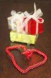 礼物和心形的辫子 库存图片