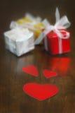 礼物和心脏 库存照片