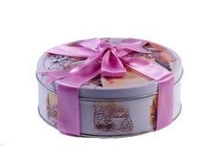 礼物:有冬天的图象的一个美丽的箱子,装饰用a 免版税库存照片