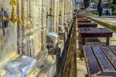 礼节洗净液的地方在Suleymaniye清真寺在伊斯坦布尔, 库存照片