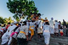 礼仪队伍,巴厘岛,印度尼西亚 库存照片