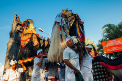 礼仪队伍,巴厘岛,印度尼西亚 库存图片