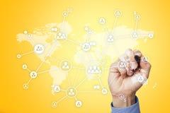 社会网络和全球性补充、采购和HR 有世界地图和人象的虚屏 库存图片