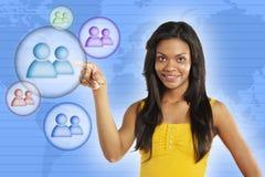 社会网络的少妇 免版税库存图片